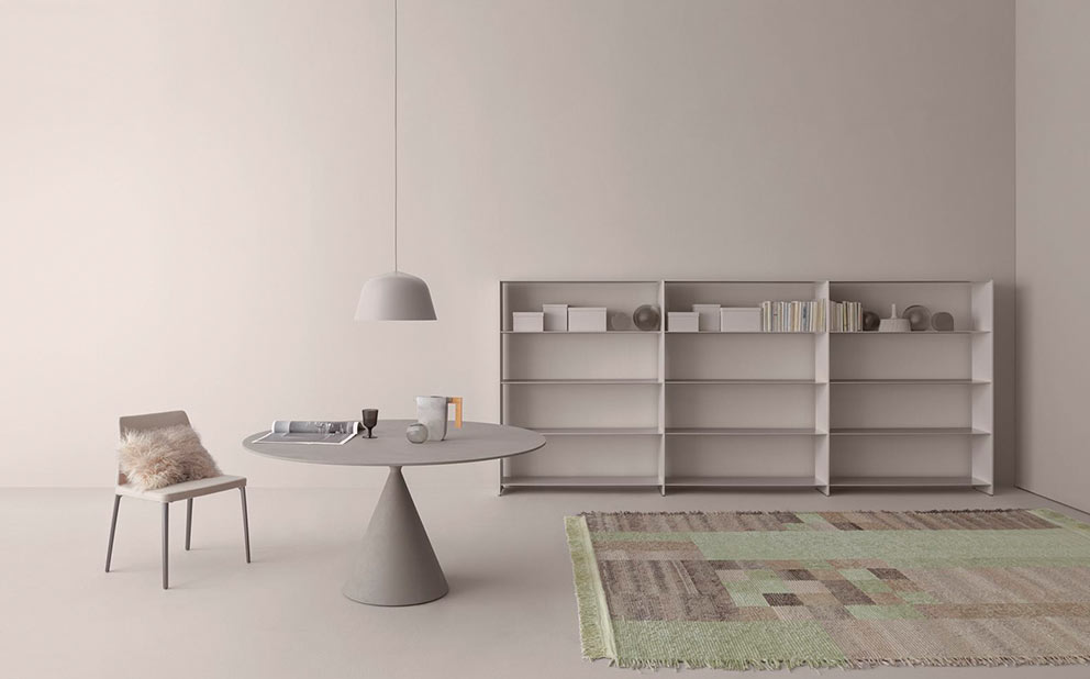 https://interno.es/wp-content/uploads/2017/05/desalto-muebles-taburetes-sillas-estanterías-y-accesorios-de-decoracion.jpg